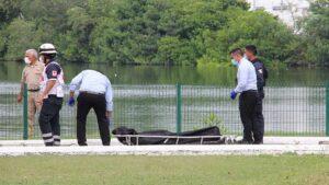 Tras la muerte de una persona, curiosos asisten a ver a los cocodrilos a la Laguna del Carpintero