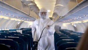 Mujer muere de covid durante vuelo a Dallas por problemas al respirar