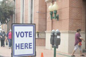 Votan 743 en anticipadas