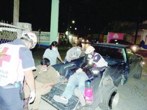 Quedan 2 heridos al ser embestidos