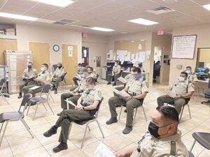 Se alistan patrulleros de Laredo, Texas por fiestas decembrinas