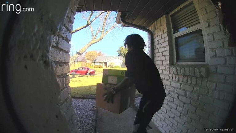 Alertan en Texas por robo de paqueteria ante llegada la época navideña
