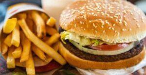 Burger King pide comprar a McDonald's en apoyo por pandemia