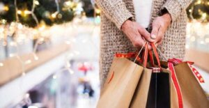 Familia se opone a robo tras compras navideñas y matan a niño