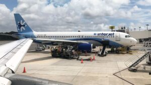 Interjet cancela sus vuelos, reactiva operaciones mañana martes
