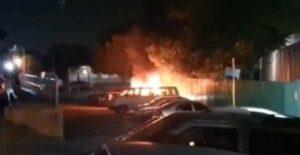 Médico muere calcinado, luego de que le lanzaron explosivos a su camioneta