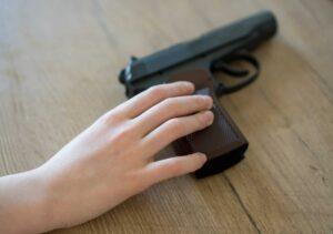Niño de cuarto grado lleva pistola cargada a su escuela en Texas