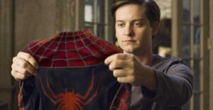 ¿Tobey Maguire interpretaría al Tío Ben y a 'Spider-Man' de otro universo?