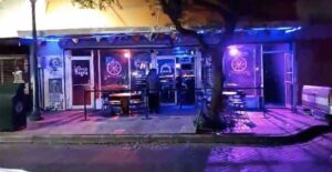 Así se vivío la reapertura de bares en Laredo,Texas