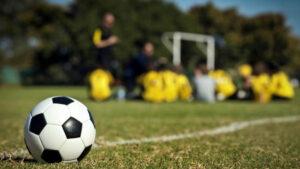 Entrenador de fútbol fingió ser una adolescente en Facebook para que niños le enviaran fotos íntimas