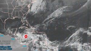 ALERTA Huracán ETA sube a categoría 4 en solo horas: amenaza a Centroamérica y al Sureste de México