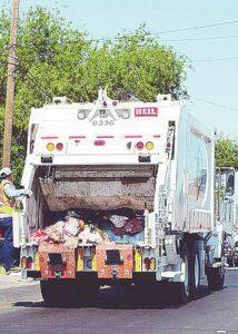 Pretende Rivas cobrar por levantar la basura
