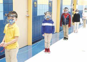 Detectan en escuelas de Laredo, Texas 1,200 casos de Covid-19