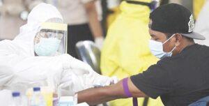 Mantiene Covid ola de contagios en ambos Laredos
