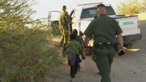 666 niños migrantes siguen sin encontrar a sus padres en EEUU