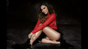 Ella es Tefi Valenzuela, la guapa novia de Eleazar Gómez (FOTOS)