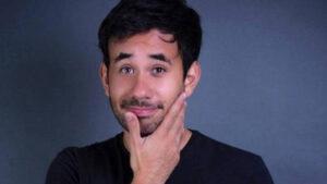 Indignación en redes sociales: Werevertumorro trata de justificar una violación (VIDEO)