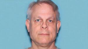 Hombre es acusado de arrojar 24 extremidades y 5 cráneos humanos