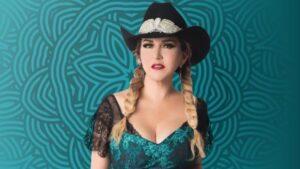 IDÉNTICAS: Doble de Alicia Villareal se hace viral en TikTok