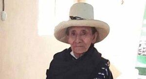 Abuelita campesina dona su cosecha a afectados por coronavirus