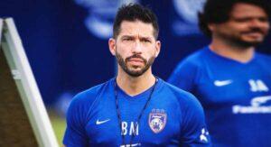 Benjamín Mora, súper campeón mexicano del fútbol en el fin del mundo
