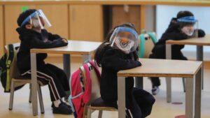 Por aumento de contagios no habría clases presenciales al inicio del 2021