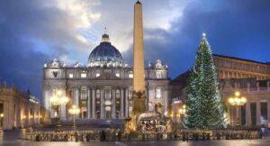 Critican Nacimiento del Vaticano, parece de 'Star Wars' FOTOS
