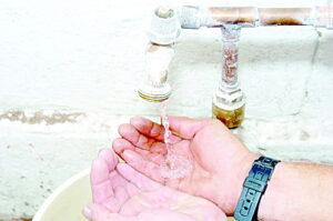 Se quedan 34 colonias con un chorrito de agua
