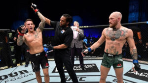 Conor McGregor sufre impactante nocaut ante Dustin Poirier en la UFC (VIDEO)