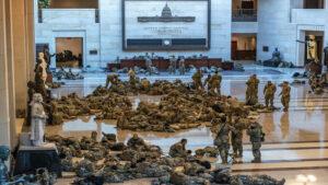 ¡Imágenes nunca vistas! el Capitolio, un cuartel de la Guardia Nacional