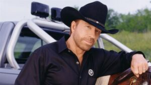 Hombre idéntico a Chuck Norris fue visto en asalto al Capitolio; esto dijo el actor