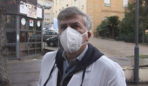 Jefe de vacunación contra Covid se suicida y conmociona a Italia