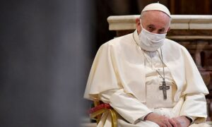 Papa Francisco ya tiene fecha para vacunarse contra Covid-19