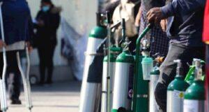 Piden 7 años en prisión para quien lucre con tanques de oxígeno