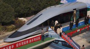 Tren ultrarrápido que se controla con sólo un dedo ya está en China