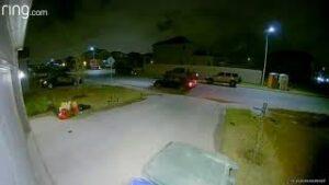 Robo Navideño a casa en Laredo Texas, captado infraganti
