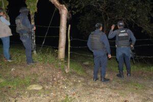 Abandonan 12 cuerpos en carretera de Las Choapas, Veracruz