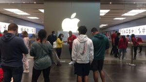 Apple cierra todas sus tiendas en Texas tras aumento de contagios