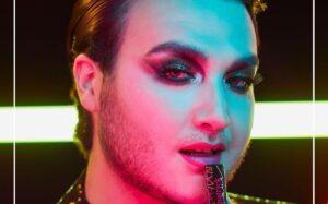 Avon rompe paradigmas y lanza maquillaje para hombre
