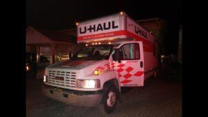 Laredo, Texas: Encuentran 114 indocumentados en camión de mudanzas