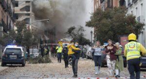 'Reza por mi'; dramático VIDEO de un cura atrapado en  explosión de Madrid