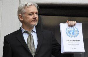 México ofrece asilo político a Julian Assange, fundador de Wikileaks: AMLO