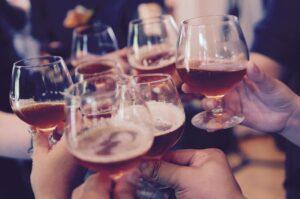 Ley seca en Nuevo Laredo: restringen venta de alcohol por alza en coronavirus