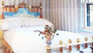 Laredo, Texas: Buscan a ladrón de una cama de ¡15 mil dólares!