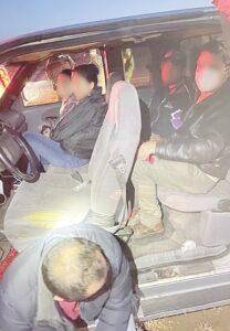 Detienen federales a 28 indocumentados