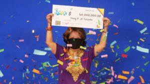 Gana la lotería tras apostar los números con los que soñó su marido