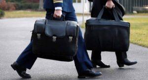 ¿Cómo le entregará Trump a Biden el 'maletín nuclear'?