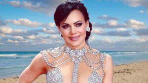 Maribel Guardia comienza el año en mini traje de baño negro: FOTOS