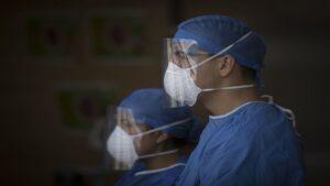 Médico de Tamaulipas se contagia de covid; necesita trasplante de pulmón