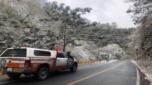 Reportan caída de nieve en municipios de Nuevo León